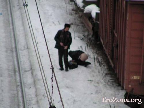 Секс На Улице На Снегу